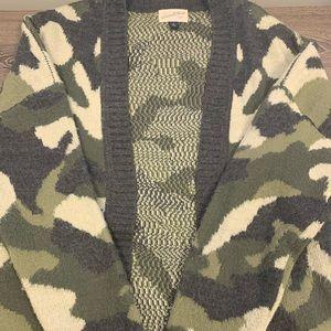 Universal Thread Camo Cardigan
